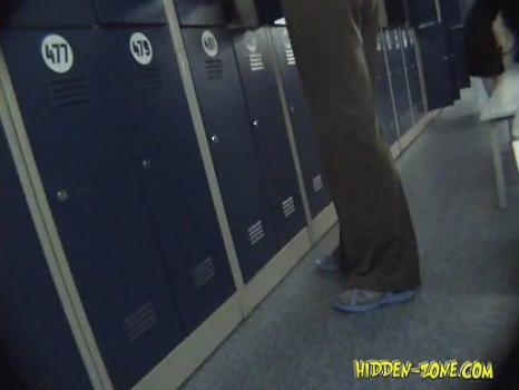 Hidden-Zone.com- Lo761 Voyeur video from locker room