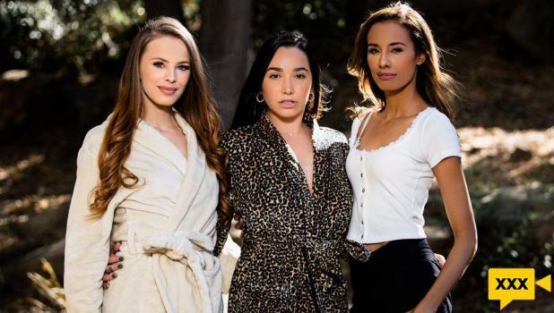 Girls Way - Jillian Janson, Karlee Grey & Kylie Le Beau