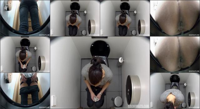 Czech Voyeur porn czech-toilets-131-1920x1080