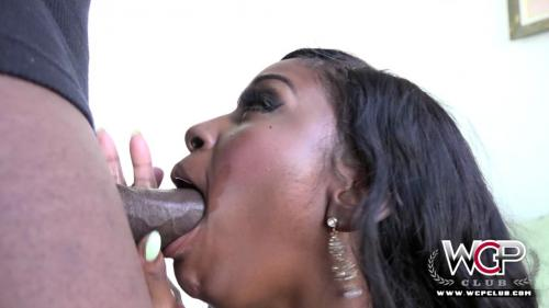 Camille Amore - Call Me! - 1080p
