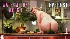 girlsoutwest-21-01-29-everest-watermelon-wedgie.jpg
