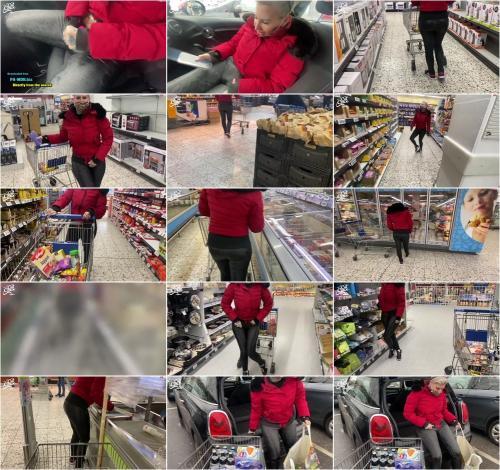 Cat-Coxx - Ferngesteurt beim einkaufen - Mega public [FullHD 1080P]
