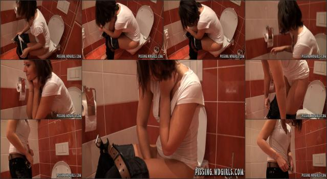 WD Girls Piss Archive - 0213 Linda Piss