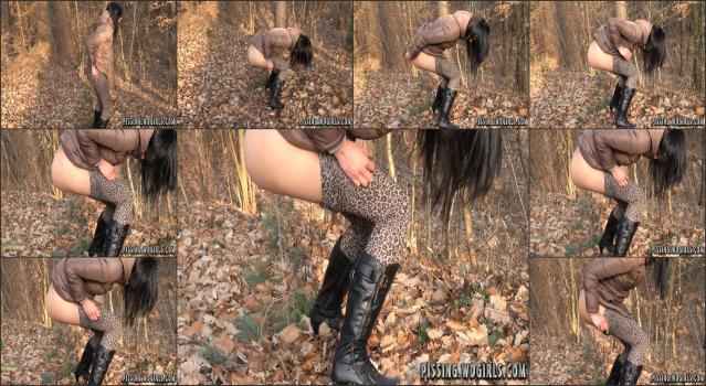 WD Girls Piss Archive - 0231 Lucy Piss