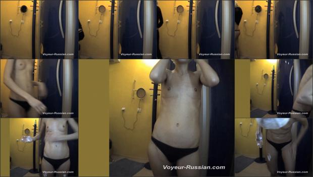 Voyeur-russian_LOCKERROOM_120511