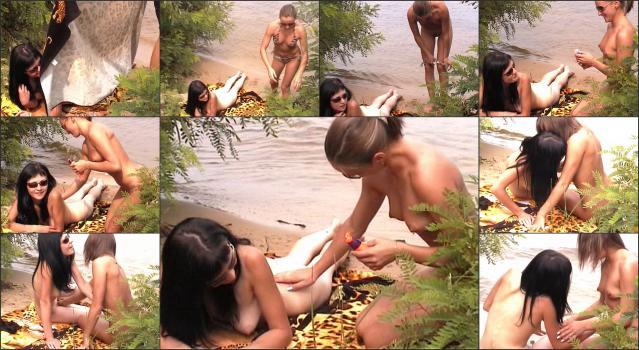 Nudism-and-Naturism 130412-1