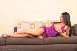 melisa_mendini_violet_couch_00021.jpg