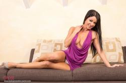 melisa_mendini_violet_couch_00035.jpg