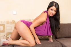 melisa_mendini_violet_couch_00050.jpg