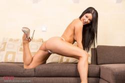 melisa_mendini_violet_couch_00086.jpg