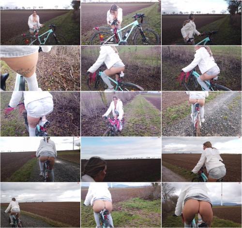 Lara_Bergmann - Pimp my Bike Part2 - Christmas Edition [FullHD 1080P]