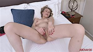 allover30-21-01-19-alexia-s-mature-pleasure.jpg